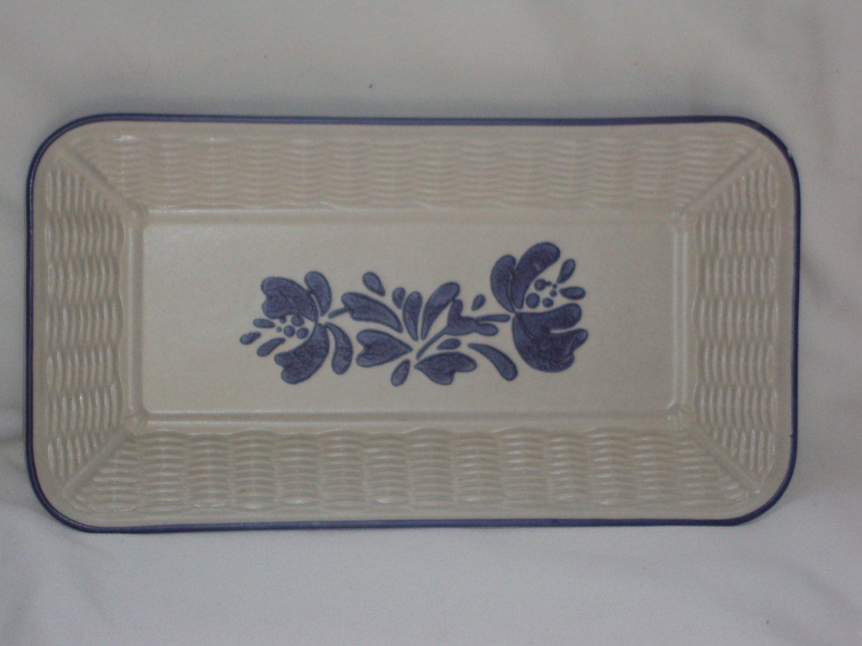 Pfaltzgraff  Yorktowne Blue Bread Tray Rectangular Weave Basket Pattern Vintage USA