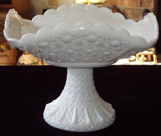 Fenton Milk Glass Pedestal Compote Daisy & Button Pattern Square Bowl Vintage © 1950's