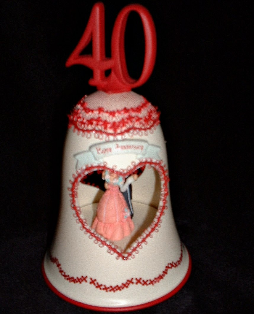 Enesco 40 th Anniversary Vintage Illuminated Action Musical Bell Plays True Love 1991
