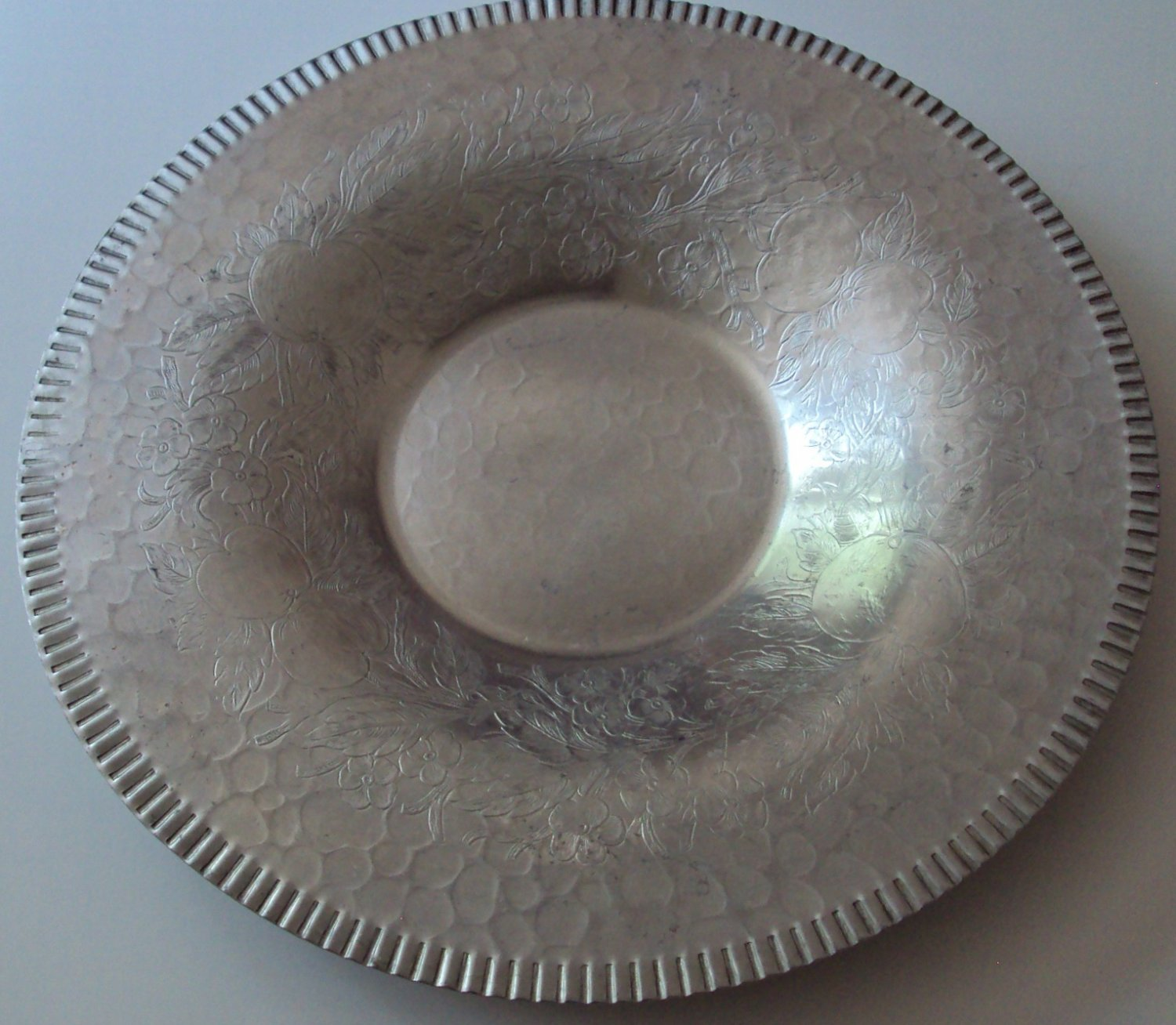 Hammered Aluminum Round Serving Tray Vintage Decorative Pumpkin Patch Floral Design