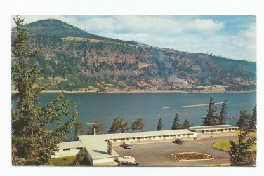 Meredith's Gorge Motel Hood River Oregon Postcard 1950s