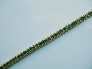 Emerald Bracelet with Diamonds