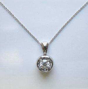 Diamond Pendant in White Gold