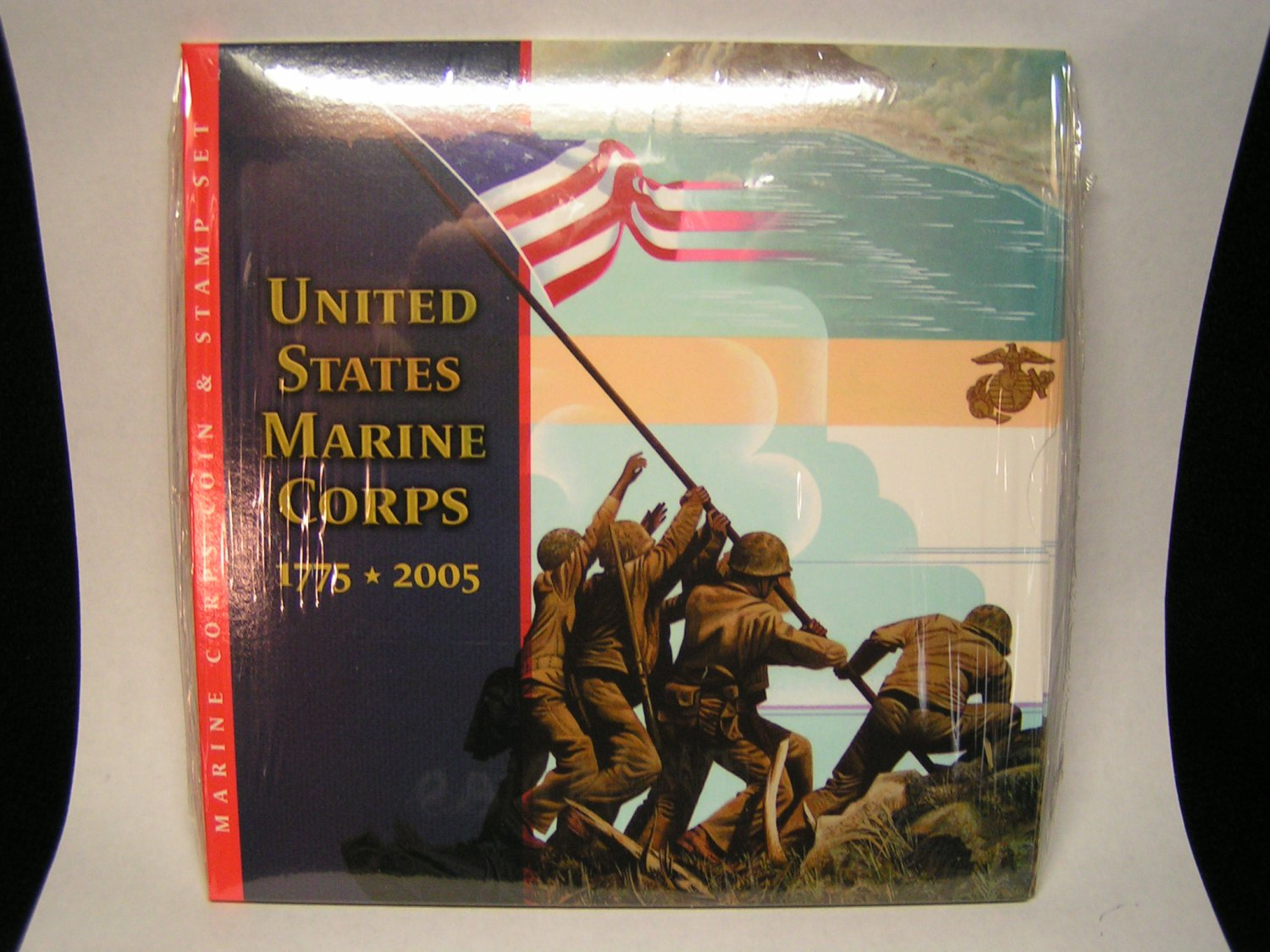 2005 Marine Corps Silver Dollar Coin And Stamp Set , U.S Mint Never Opened