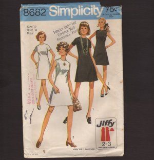 Vintage Simplicity 8682 Jiffy Dress Sewing Pattern Misses 12 Simple-to-Sew Bust 34 1970s