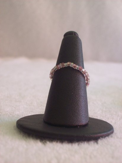 Simple ring, clear and pink