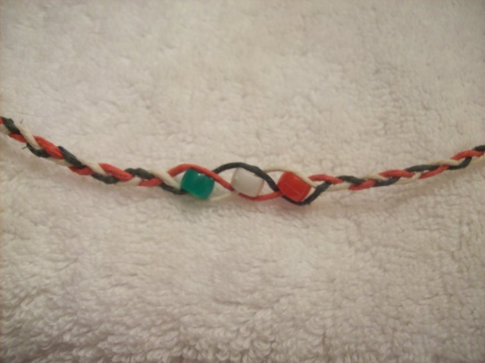 Wish bracelet (red, white, green) - red, white, and green