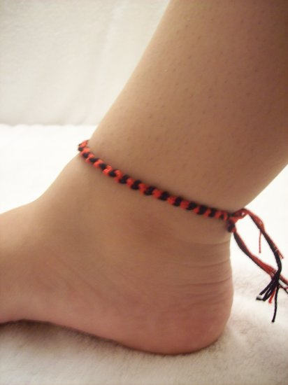 Black and red knotted