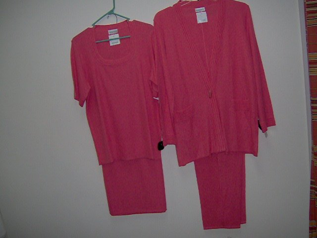adult female fine knit mix & match skirts/pants/cardigans/shells, coral,green,gold, med,lge,xlge