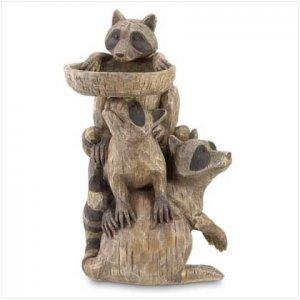 Raccoon Pedestal Birdfeeder  37202