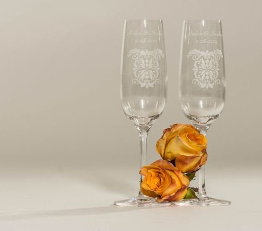 Damask Toasting Flutes and Cake Serving Set