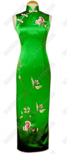 Junoesque Orchid Embroidery Cheongsam