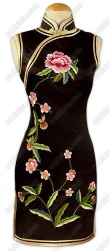 Junoesque Floral Embroidered Silk Cheongsam