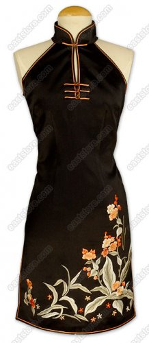 Piao Liang Floral Embroidered Silk Cheongsam