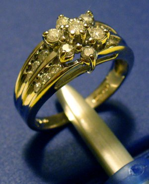 Diamond flower shaped ring
