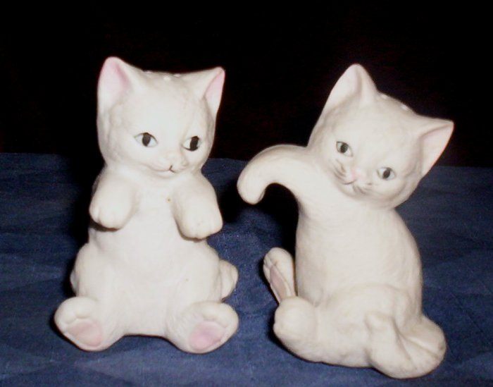 Vintage Salt and Pepper Shakers, Pair of Cats