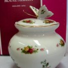 ROYAL ALBERT OLD COUNTRY ROSES BUTTERFLY TRINKET BOX