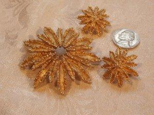 Avon Sunburst Brooch Earrings Deme Parure 1970s Vintage