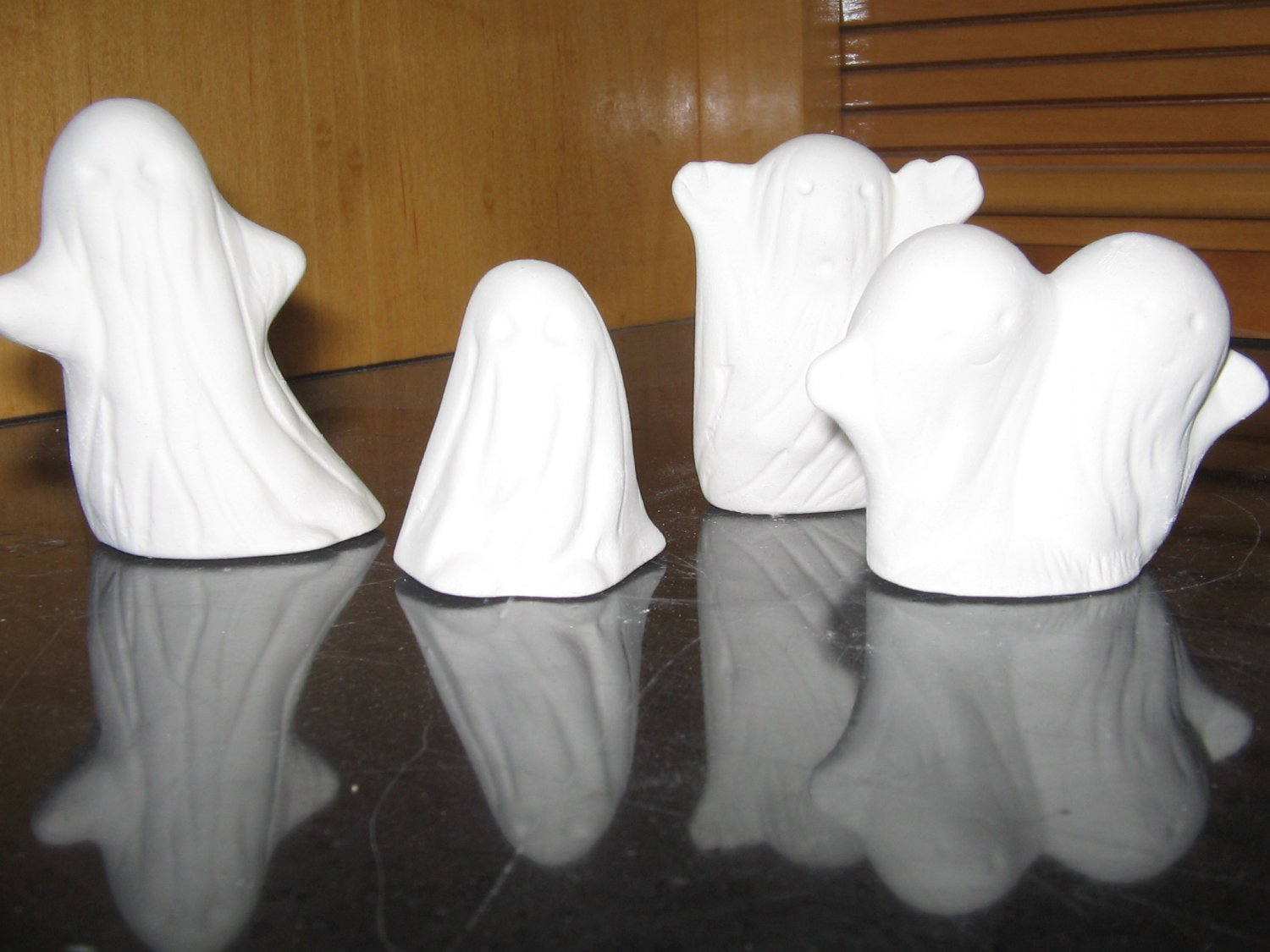 Ready To Paint Set Of 4 Halloween Ghosts Ceramics U Paint