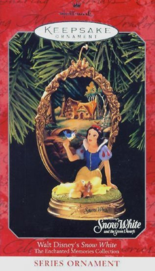 SNOW WHITE Hallmark Christmas Ornament 1998 Walt Disney