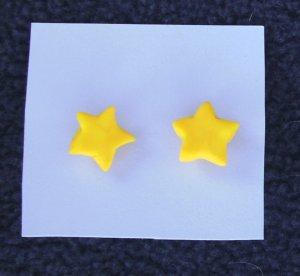 Star post earrings