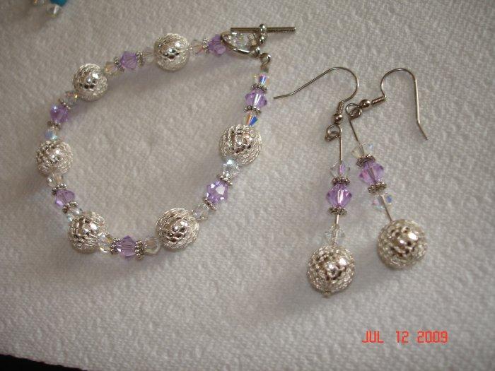 Gorgeous Swarovski tanzanite bracelet and earing set