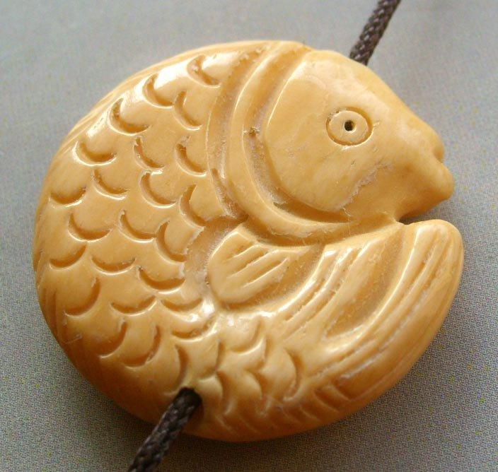 Ox Bone Carved Prosperous Fish Pendant Bead 28mm*28mm T1552