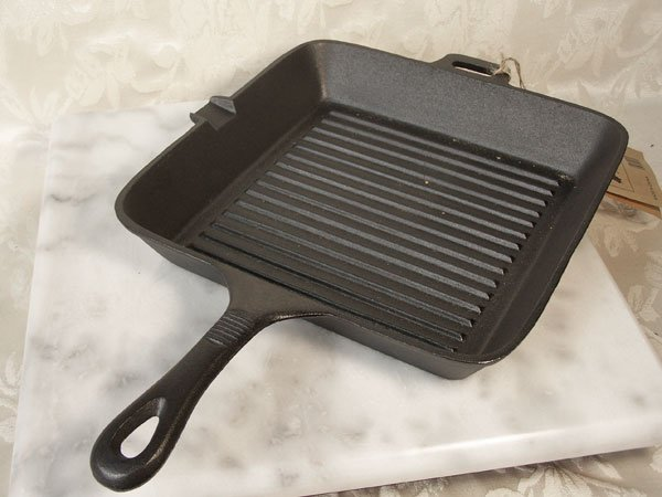 Old Mountain Cast Iron Square Skillet
