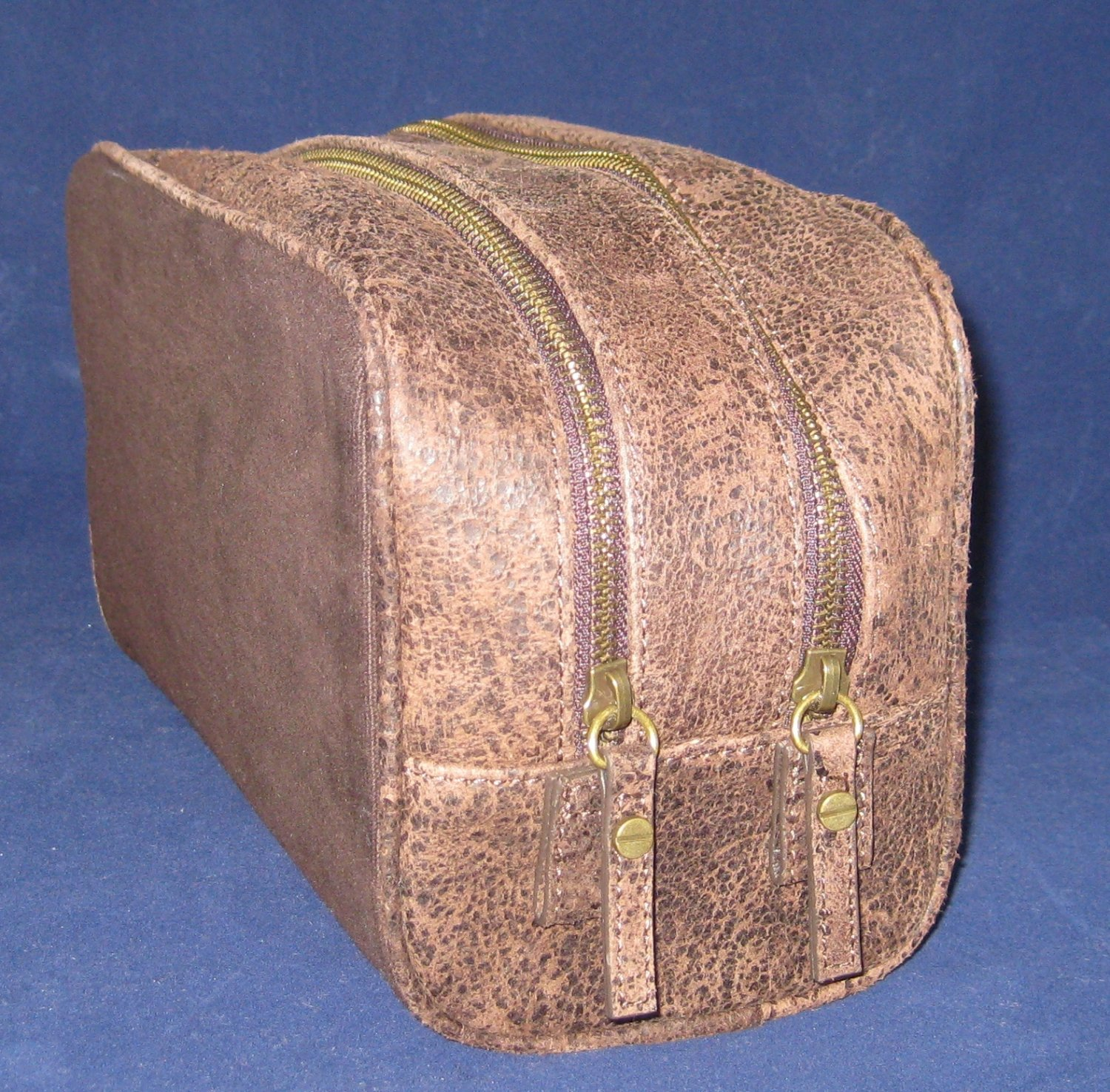 NEW Restoration Hardware RH Distressed Oiled Leather & Canvas Dopp Toiletry Kit Case