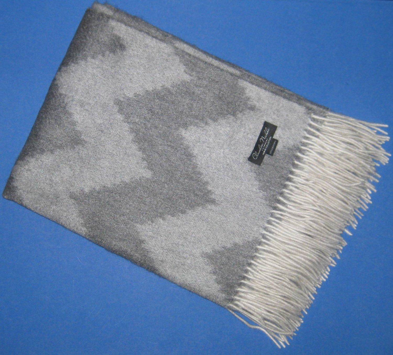 "NIP Claudia Nichole 100% Cashmere Gray Chevron Print Triple Weave Throw 50"" x 70"""