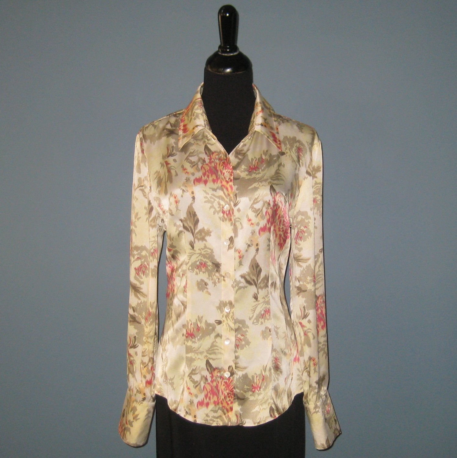 Pre-Owned Laurel 100% Silk Pale Green & Multi Floral Blouse - 40