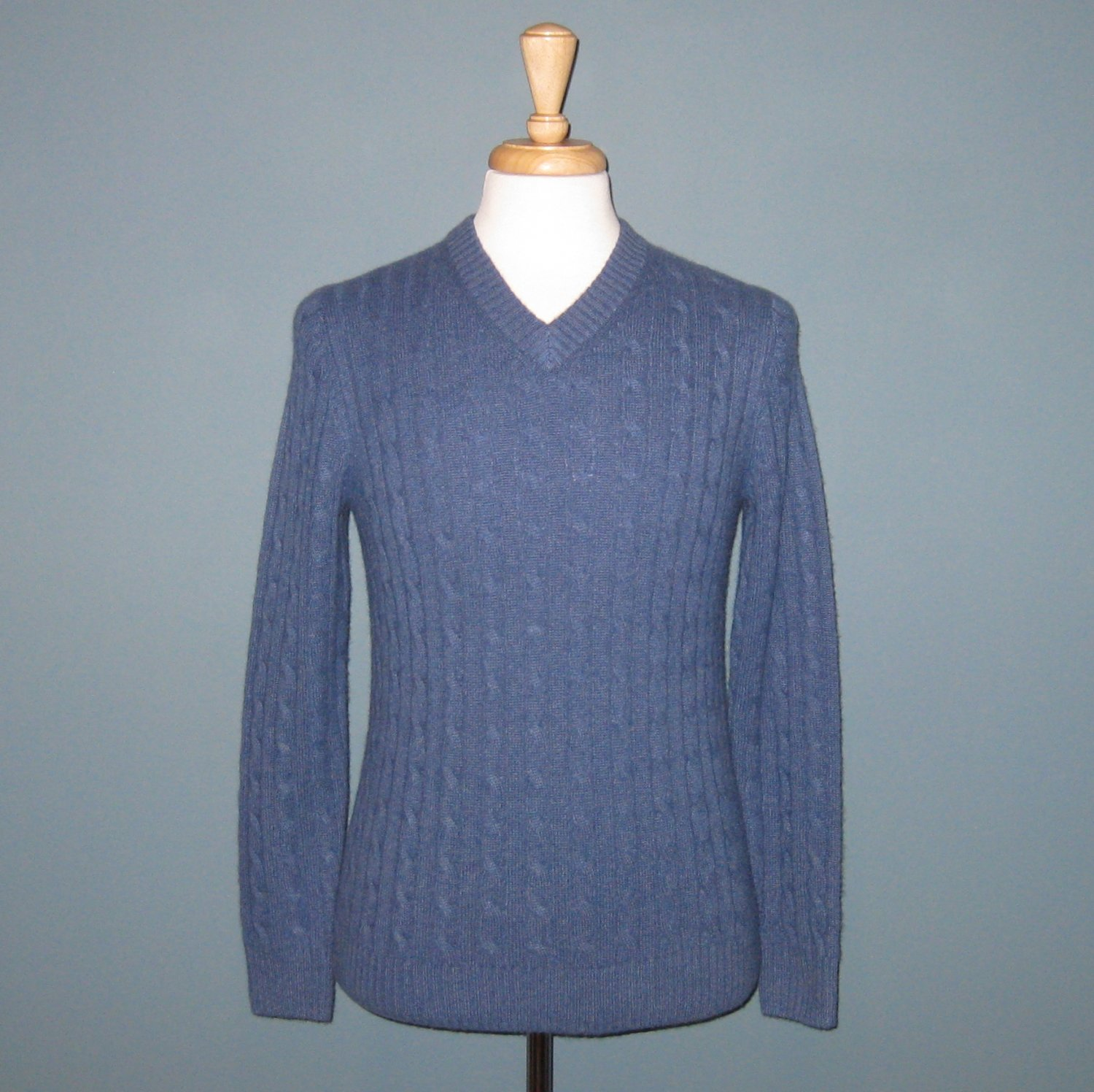 NWT Daniel Bishop 2-Ply 100% Cashmere Blue Cable Knit Long Sleeve V-neck Sweater - S