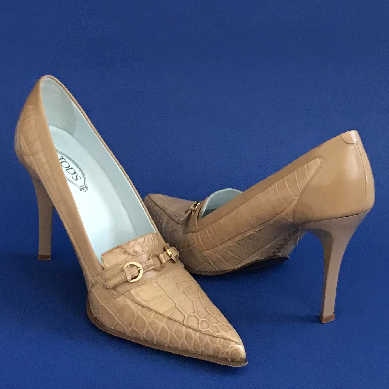 Pre-Owned Tod's Taupe Beige Crocodile Embossed Stiletto Pumps - 9.5