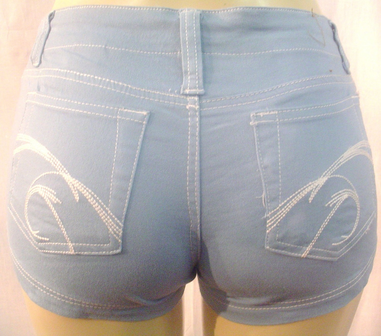 NEW ultra stretchy soft colored denim knit shorts, blue sz 5