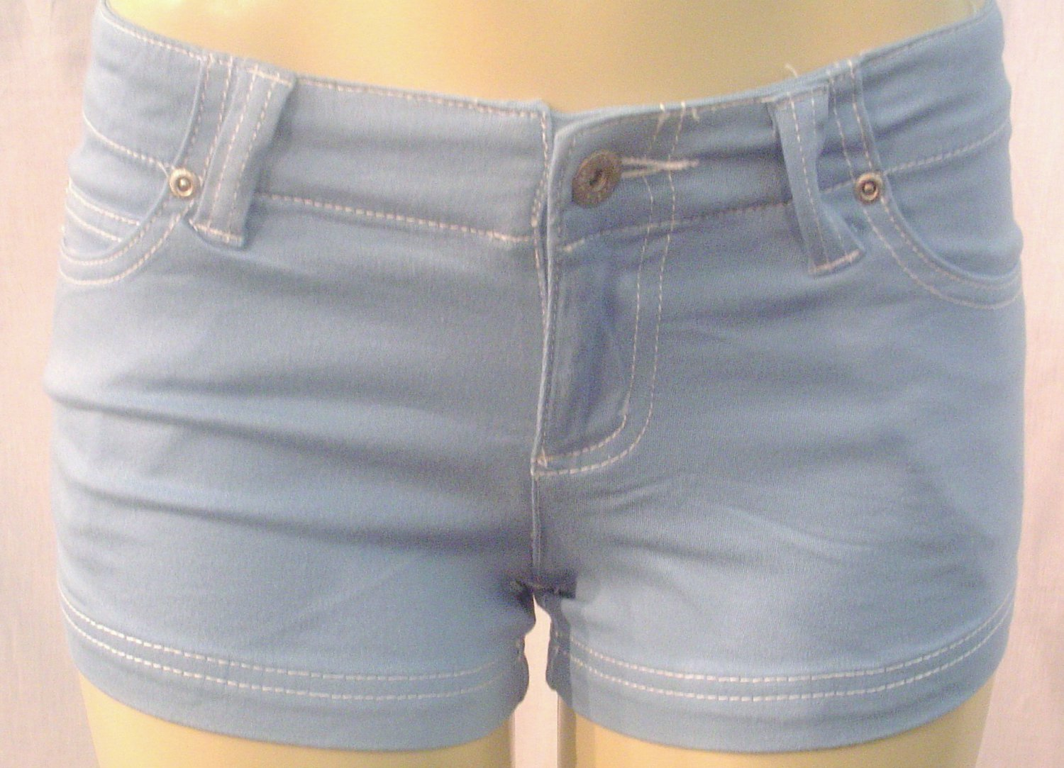 NEW ultra stretchy soft colored denim knit shorts, blue sz 11