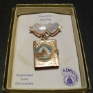 Washington D.C. Souvenir Locket Pin by Capsco