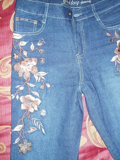 Women's Jeans with embroidery & beads, size 10