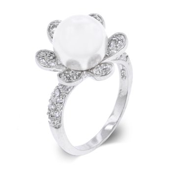 White pearl fashion ring with cubic zirconia, size 8