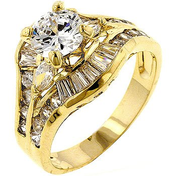 Fashion Ring with clear CZ in goldtone, size 8