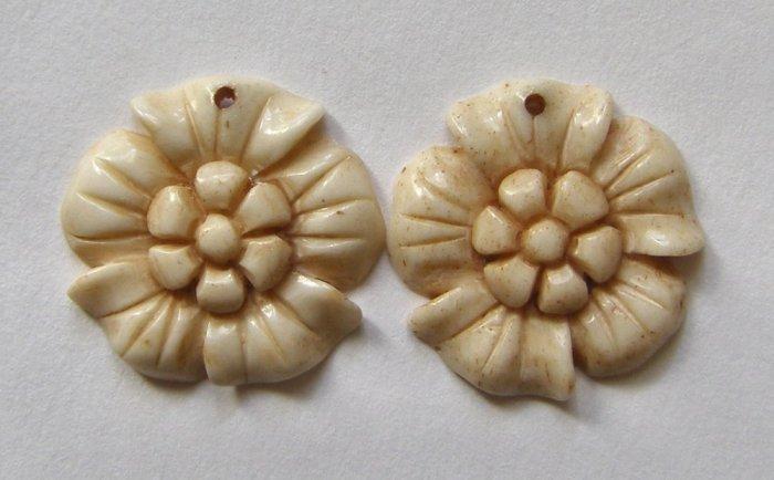 2 CARVED BONE 20mm Summer Blossom Pendant Beads