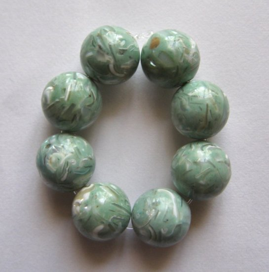 8 Mother of Pearl Mosaic 12mm Round Beads