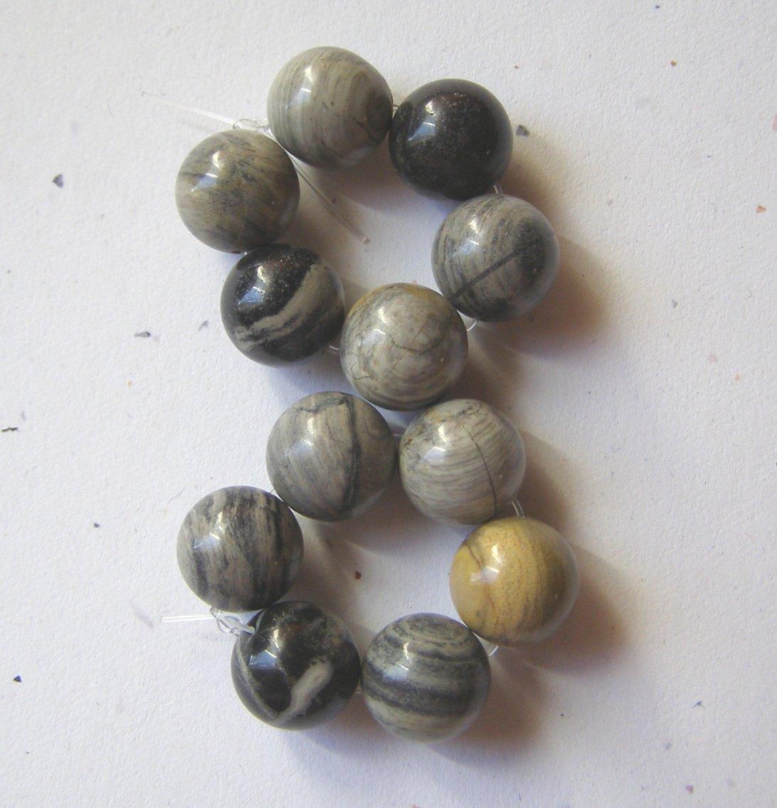 12 Silverleaf Jasper 12mm Round Beads