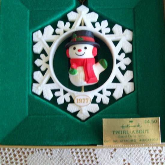 Hallmark Twirl About Snowman Christmas Ornament 1977 in Box