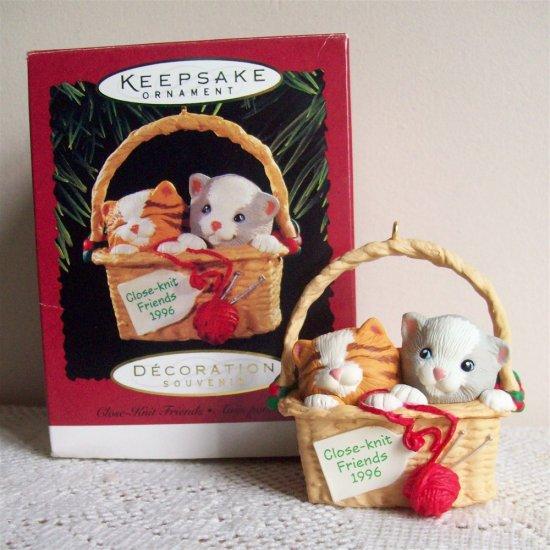 Hallmark Close Knit Friends 1996 Christmas Ornament Kittens Cat