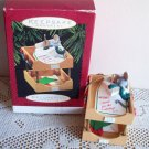 Hallmark Christmas Ornament Important Notes Office Mouse 1995