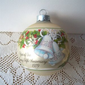 25th Anniversary Hallmark with Box 1979 Glass Ball Ornament
