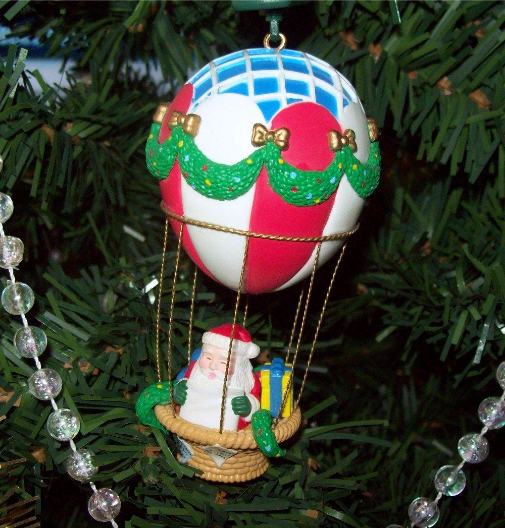 Noma Christmas Decorations: Noma Santas Hot Air Balloon Ornamotion Rotating Ornament