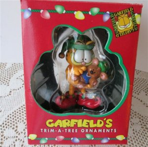 Paws Garfield 1996 Elf Trim a Tree Holiday Christmas Ornament Teddy Bear