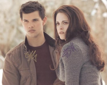 "Taylor Lautner & Kristen Stewart ""Twilight"" Autographed Original Hand Signed 8X10 Photo"