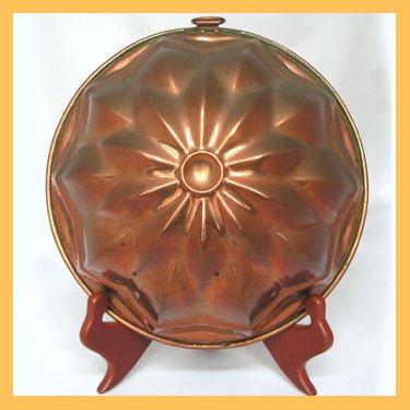 Vintage Copper Mold Star Burst Motif Rolled Edges FS